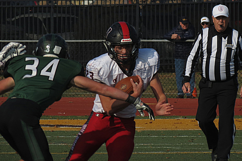 Haddonfield-West Deptford Stage Yet Another Classic Football Game